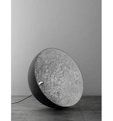 Lampadar Moon