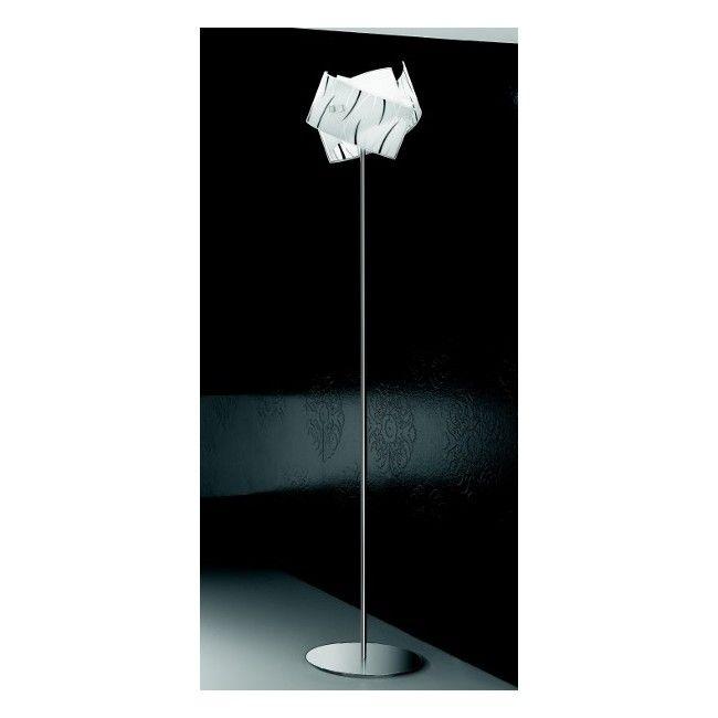 Lampadar Moderna